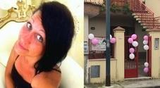 Anna muore a 25 anni in un incidente stradale, il cane l'aspetta in giardino
