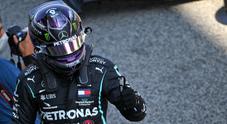Hamilton si prende la 92esima pole battendo Bottas, Ferrari sempre più a picco