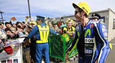 Motegi, pole per Rossi, in prima fila Marquez e Lorenzo: «Una soddisfazione unica»