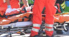 Si accascia sul Lungadige e muore davanti a decine di turisti