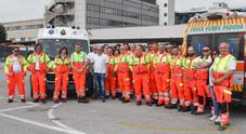Gli autisti delle ambulanze con gli istruttori