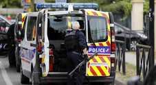 Lourdes, ex militare spara e si barrica in casa: ostaggi la ex compagna e la figlia