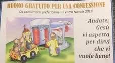 Parroco ex carabiniere lancia il buono confessione, don Dino: «E' la tessera del perdono»