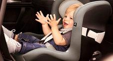 Seggiolini auto, De Micheli accelera: «Allo studio agevolazioni per dispositivi salva-bebè»