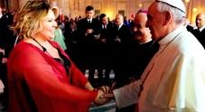 Linda vocalist dj a Sanremo passando per il Vaticano: «E che bello il volley»