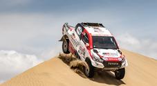 Toyota Hilux alla Dakar 2019, un fulmine nel deserto del Perù