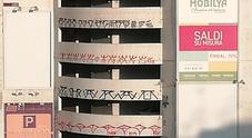 Napoli, blitz dei writers al parcheggio Brin dell'Anm: graffiti su tutti e sette i piani