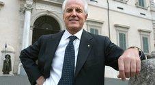 Addio Gilberto Benetton, Alessandro verso la successione