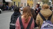 Avaria al maxi bus: il sostituto è più piccolo studenti restano a piedi