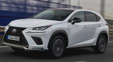 Lexus NX, l'eccellenza dell'ibrido griffata Suv. Il brand di lusso rinnova lo sport utility più compatto