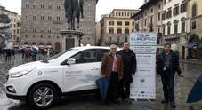 Hydrogen Tour, il viaggio da Bruxelles a Napoli: tutto ok fino al confine, poi la Penisola in bisarca