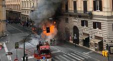 Video/ Il momento dell'esplosione del bus