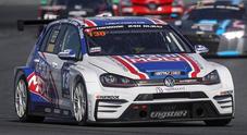 La Volkswagen Golf GTI TCR del Team Engstler domina alla 24 ore di Dubai