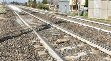 Carrello esce dai binari durante i lavori: interrotta la linea ferroviaria Verona-Trento