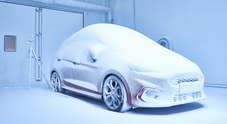 """Ford svela la fabbrica del tempo: dall'Everest al Sahara in un attimo nella """"Weather Factory"""""""