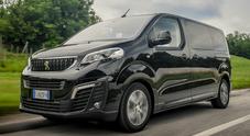 Peugeot Traveller, l'auto gigante: nove posti e spazio per tanti bagagli