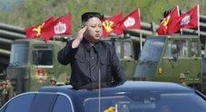 Trump: «Faremo fuoco e fiamme».007: «Kim ha mini-testata nucleare»