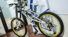 Caschi, para-schiena e ginocchiere: allo studio la mountain bike del futuro