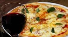 Pizza, Napoli più economica  a Varese la più cara: ecco quanto costano
