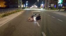 Schianto tra auto e scooter grave giovane centauro Sotto sequestro i due mezzi