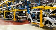 Istat, crolla produzione auto: ad aprile -17,1%. Nei primi quattro mesi -14,7%
