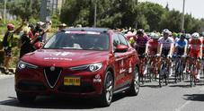 Alfa Romeo auto ufficiale Giro d'Italia. Flotta di Stelvio e Giulia lungo i 3.500 km della Corsa Rosa
