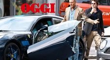Lapo distrugge la Ferrari... da fermo: portiera in frantumi, 30.000 euro di danni