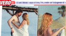 Stefania Orlando, incidente sexy prima delle nozze  l'asciugamano cade...