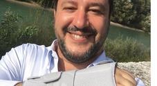 Incidente per Salvini e polso fratturato, ecco cosa è successo al vicepremier Foto