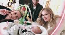 Emma va a conoscere Leone, il figlio di Chiara e Fedez. Ecco le immagini social
