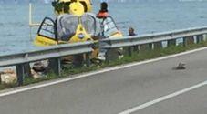 Frontale fra auto sulla Gardesana: muore una polesana, 2 feriti