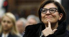Elisabetta Trenta, casa di servizio dell'ex ministro al marito. Di Maio: «La lasci subito»