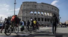 Roma, nuovo stop alle auto: il 1 marzo scatta la 4^ domenica ecologica. Esclusi dai divieti scrutatori e votanti