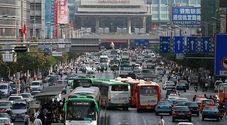 Coronavirus, in Cina crollano del 18% le vendite di auto a gennaio. Calo più ampio dal 2012