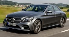 Classe C, l'essenza della Stella si rinnova. Mercedes sottopone a restyling il suo strategico modello
