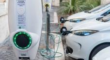 Boom auto elettriche, vendite triplicate. Nel 2020 quota di mercato dal 3% arriverà al 10%