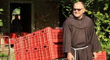 Quel convento nascosto in mezzo alla laguna dove il vino è... una fede