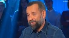 Fabio Volo, siparietto con Mara Venier: «Il mio successo? Ho avuto un culo....»