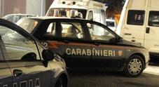 Prostitute si picchiano in mezzo alla strada: arrivano i carabinieri