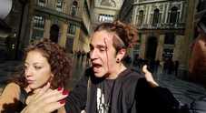 Salvini a Napoli: sit-in e tensioni, un giovane ferito in Galleria