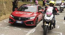 Civic e X-ADV, Honda ha sfilato con i suoi gioielli sulle strade del Giro d'Italia