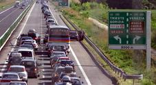 Martedì nero sulle autostrade: code in A4 e A23, auto in fila al Lisert