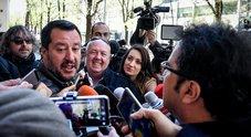 Flat tax, lite nel governo su coperture. Salvini a Lezzi: «Pensi alle Regioni». Tria: «Calino evasione e spese»