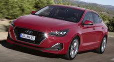 Hyundai i30 Fastback, modello ricco e personalizzabile. Sistemi di sicurezza e infotainment tra i più evoluti