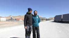 Flavio De Zorzi di Fonzaso e Fausto De Poi ( a destra) al confine tra Kirghizistan e Cina ottobre 2018: incontro casuale