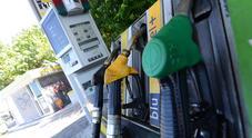 Ribassi carburanti: giù Eni, Tamoil e Q8. Prezzo medio self service a 1,482 euro benzina e 1,369 diesel