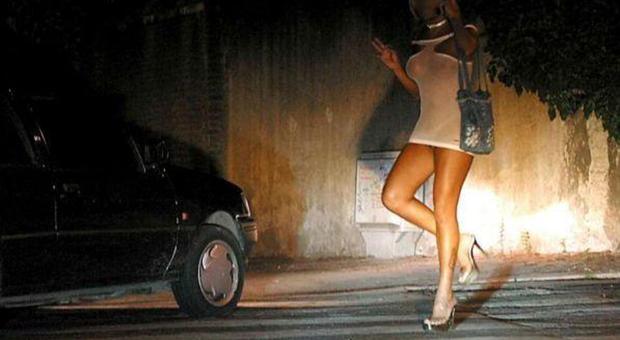 Porto San'Elpidio, oltre 60 multe alle prostitute, ma non funzionano: «Qualcuna ne ha già prese diverse»
