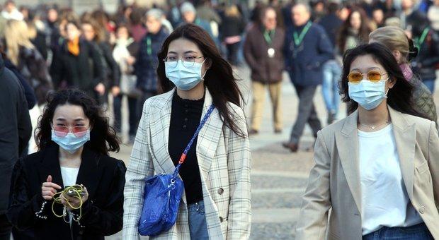 Coronavirus, a Milano assalto ai supermarket. Fontana: «Se servirà pronti a misure come a Wuhan». Scuole chiuse