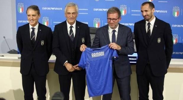 Giorgio Firma Di Le Della Nazionale Armani Calcio Divise Formali NnO80wXPkZ