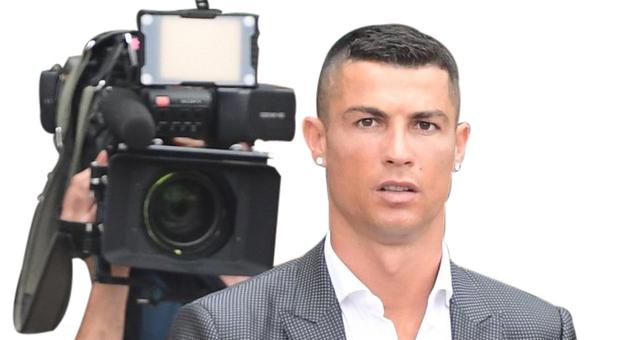 Lineker contro la Juve per il comunicato su Ronaldo